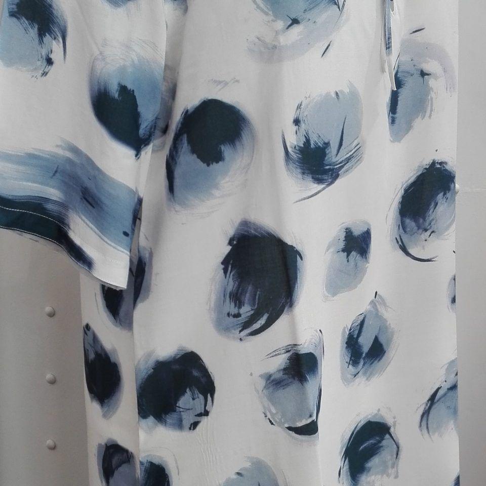 vestido-estampado-azul-escote-tiras-lizzy-camiciotto-tata-1