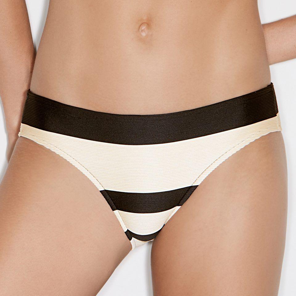 bikini-braga-talle-bajo-franjas-crema-y-negro-que-estilizan-la-figura-sara-andrés-sardá-1