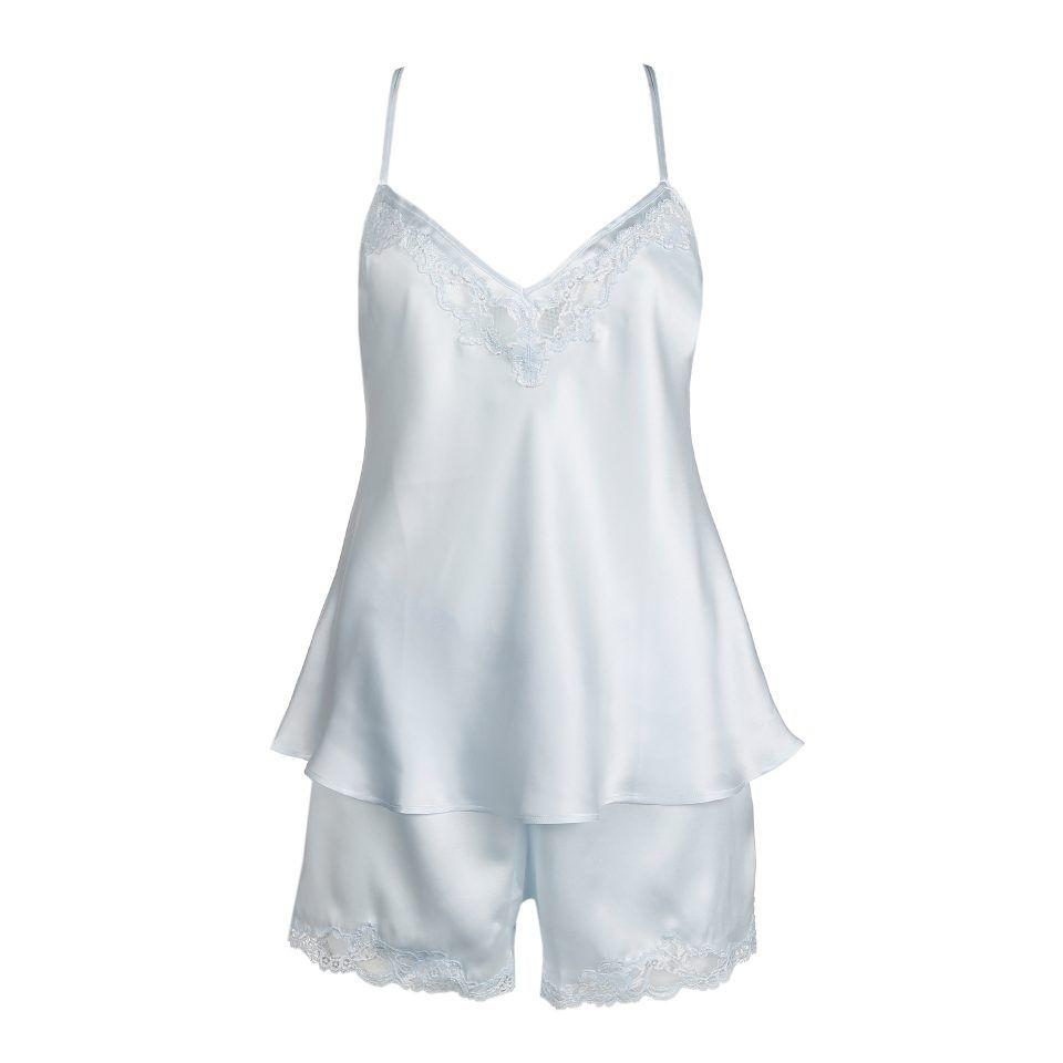 pijama-lencero-pantalón-corto-encaje-en-bajo-top-encaje-en-escote-tirantes-regulables-sky-grey-sexy-romántico-Liza-Marie-JO-1