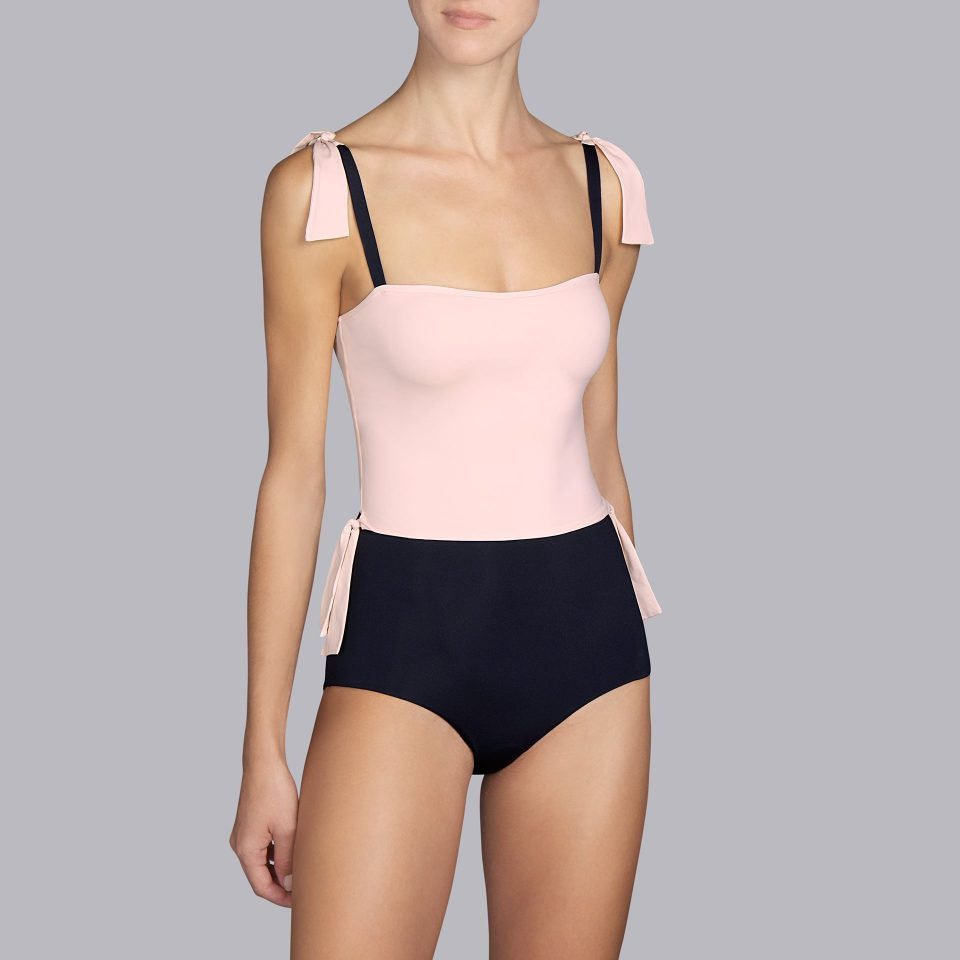 trikini-bañador-sin-aro-dos-en-uno-negro-detalles-crema-belle-andres-sarda-copa-B-1